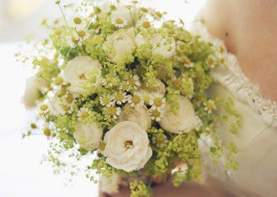 bouquet-mariage-fleurs-blanc-vert