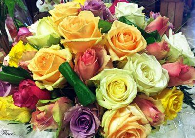 composition-fleurs-jaune-rouge-violet-rose