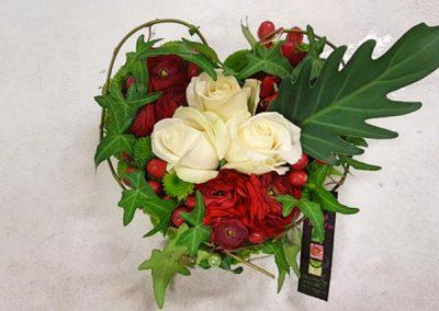 composition-fleurs-rose-blanche-rouge