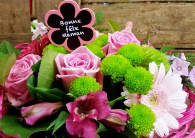 composition-fleurs-rose-roses