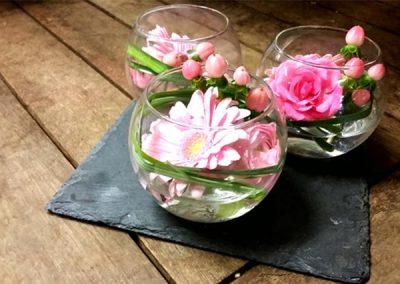 creation-fleurs-verre-rose-fleuriste-nice
