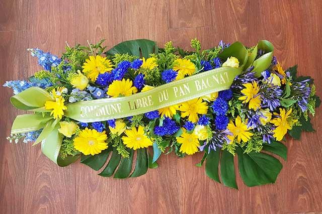 fleurs deuil compositions coeur livraison fleuriste nice b a fleurs. Black Bedroom Furniture Sets. Home Design Ideas