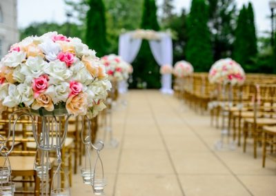 mariage-decoration-lieu-fleurs