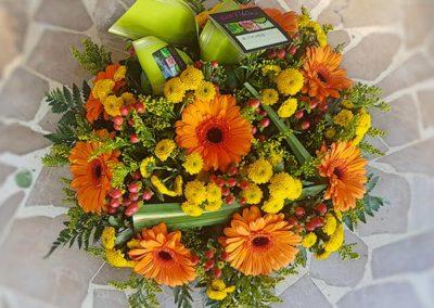 coussin-fleurs-deuil-jaune-orange